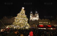 VIDEO: Light animation with music - Old Town Square, Prague 2014
